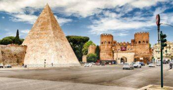 """Piramida lui Cestius, singurul """"mormânt egiptean"""" din Europa"""