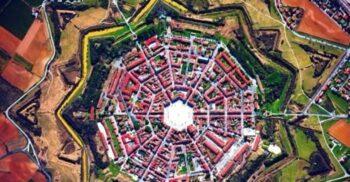 5 cetăți stelare superbe din Europa (inclusiv din România)