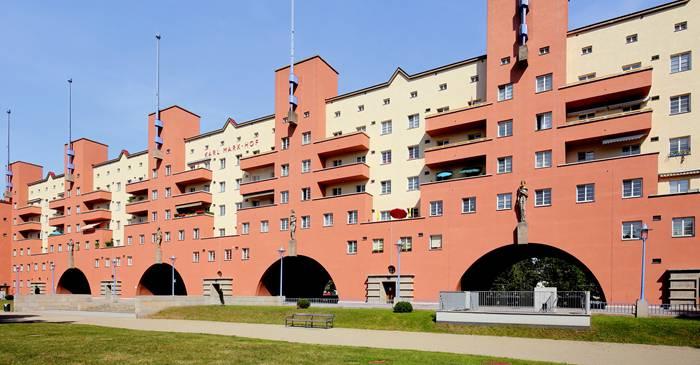 Monstrul rezidențial - Cel mai mare bloc de apartamente din lume
