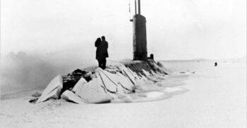 96 de ore sub gheață: Nautilus, primul submarin care a ajuns la Polul Nord
