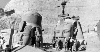 Templele de la Abu Simbel: Coloșii mutați bucată cu bucată din calea apelor