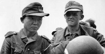 Soldatul universal: Omul care a luptat pentru trei armate în Al Doilea Război Mondial