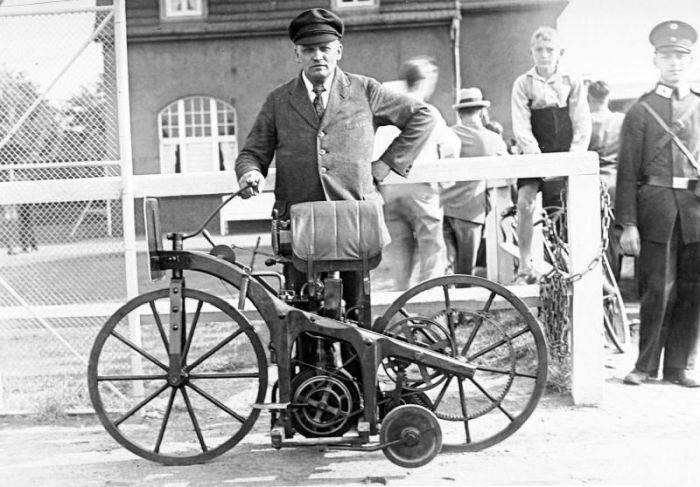 Daimler Reitwagen - foto veche