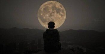 Cum ne influențează Luna somnul. De ce dormim mai puțin când este Lună plină