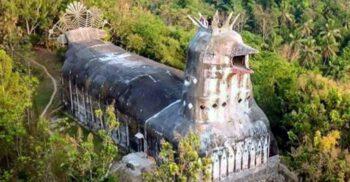 Gereja Ayam, Biserica Găină construită în jungla din Indonezia