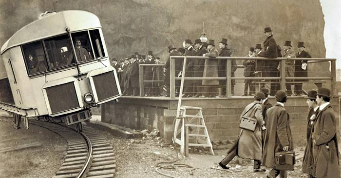 Trenul giroscopic, vehiculul care circula pe o singură șină fără să se dezechilibreze FEATURED_compressed