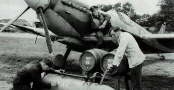 """Barurile zburătoare și """"bombele cu bere"""" din Al Doilea Război Mondial"""