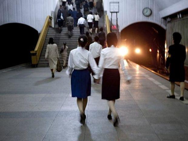 Coreea de Nord - Metrou