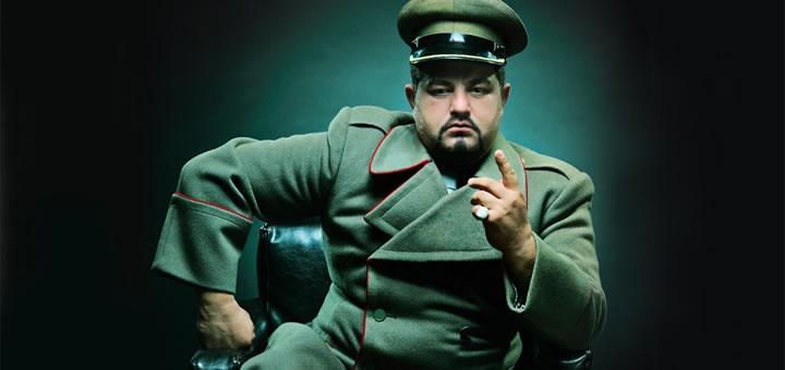 Cultul personalitatii dictatori mai nebuni decât îți poți imagina