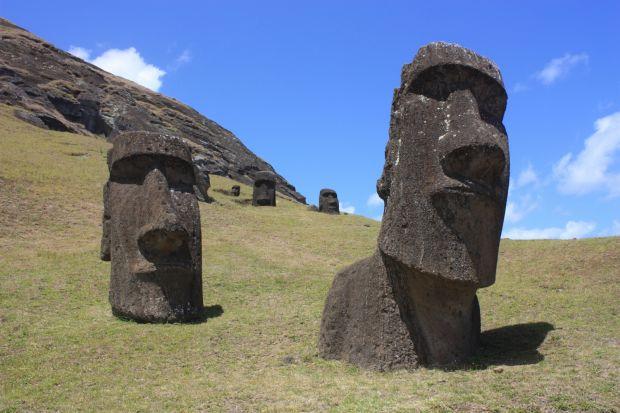 Insula Pastelui - Statui