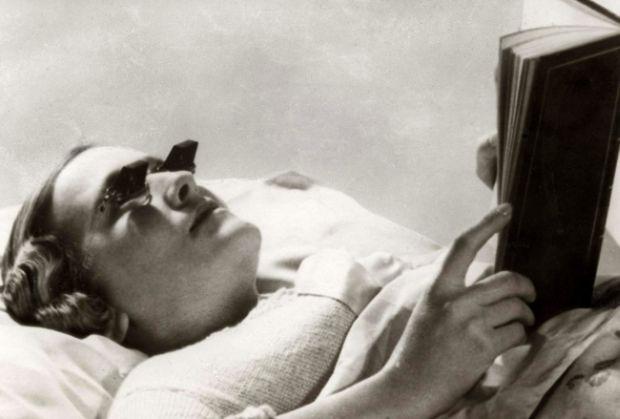 Inventii - Ochelari de citit