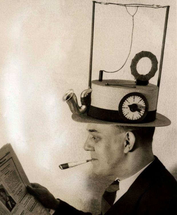 Inventii - Palarie radio