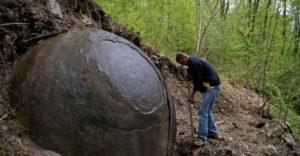 sfera-de-piatra-1