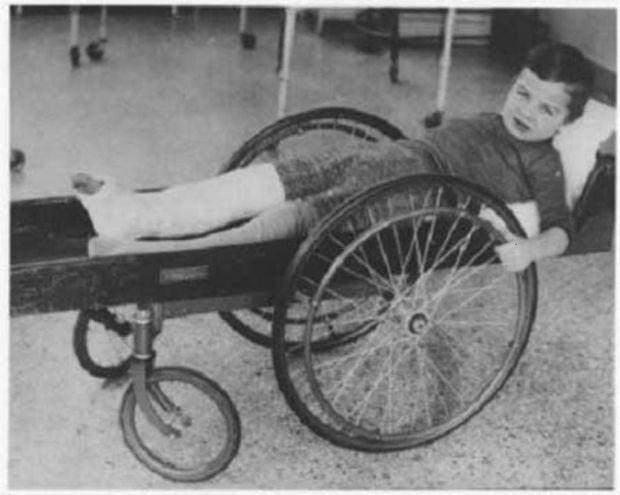 Tratamente medicale - scaun cu rotile