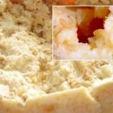 Cum se produce cea mai scârboasă brânză din lume